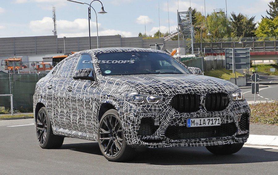 新世代BMW X6 M (F96) 偽裝測試車。 摘自Carscoops.com