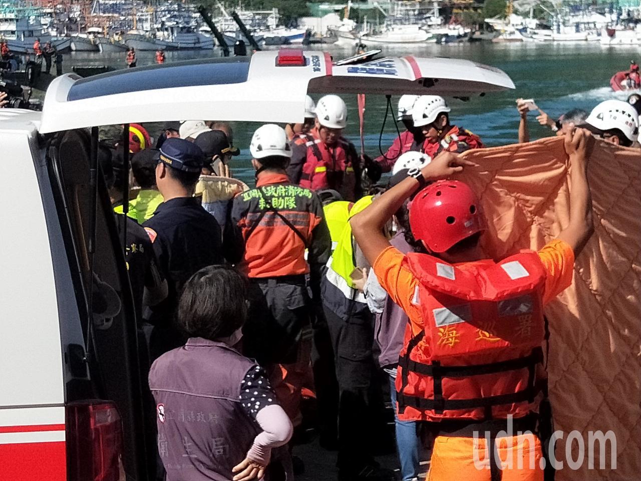 南方澳搜救找到第四名罹難者,剩2人待救。記者游明煌/攝影