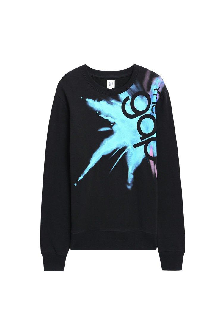 Gap x Jolin全新秋冬聯名系列休閒上衣,售價2,999元。圖/Gap提供