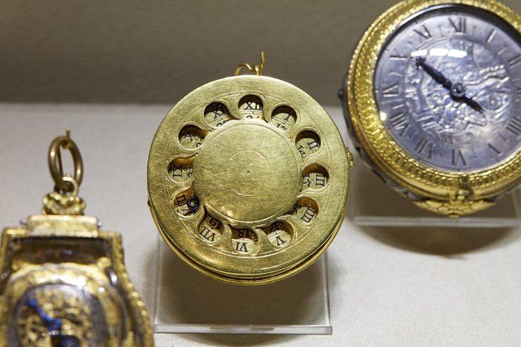 號稱世界第一隻懷錶的「紐倫堡蛋」。圖/百達翡麗提供