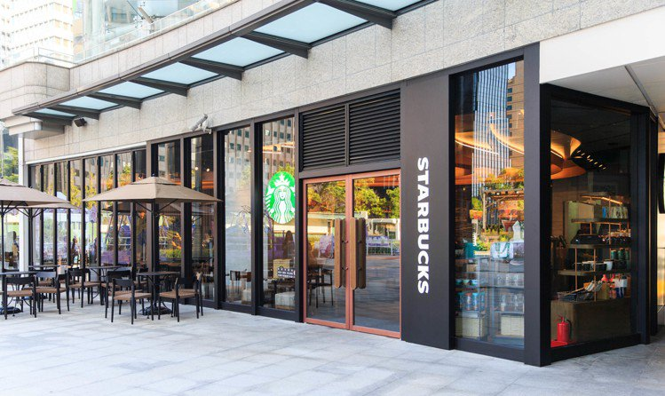 星巴克台北時代門市全新店型外觀。圖/星巴克提供