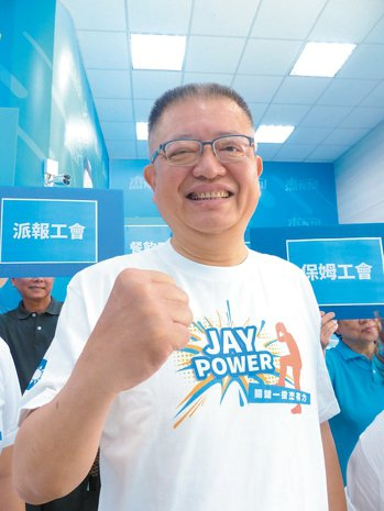 全國總工會理事長陳杰昨宣布以無黨籍身分參立委。 記者劉明岩/攝影