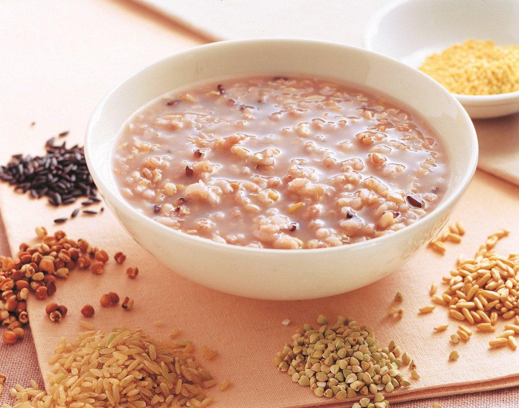 中共領導人的飲食中,低鹽、低脂、高膳食纖維都是必須遵守的原則。 圖/橘子文化提供