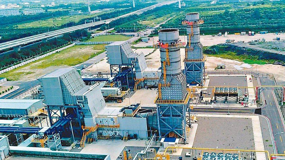 台電公司提出大潭電廠7號單循環機組運轉期間展延,自今年底展延三年至2022年底。...