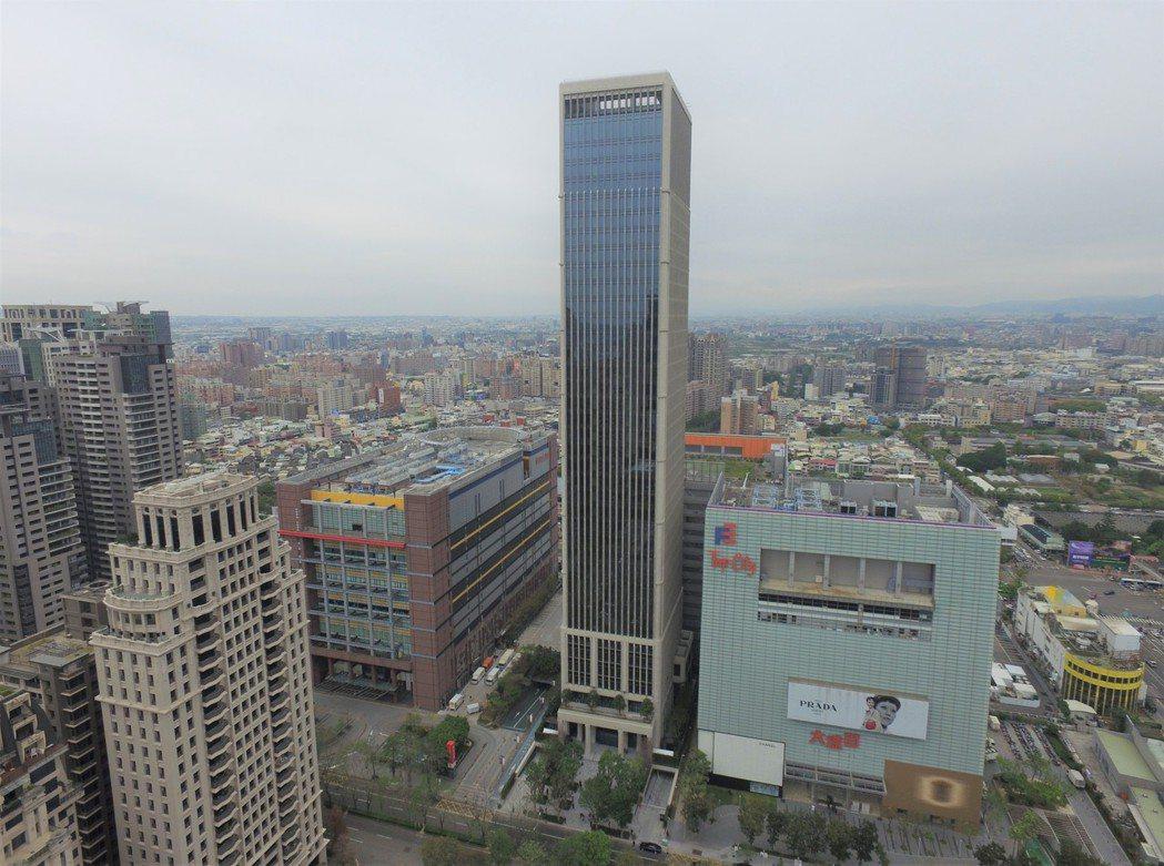 聯聚中雍大廈。記者游智文/攝影