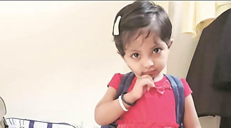 印度2歲女童吉雅(Jiya Ansari)被自己的阿嬤從6樓扔出,送醫後不治。圖...