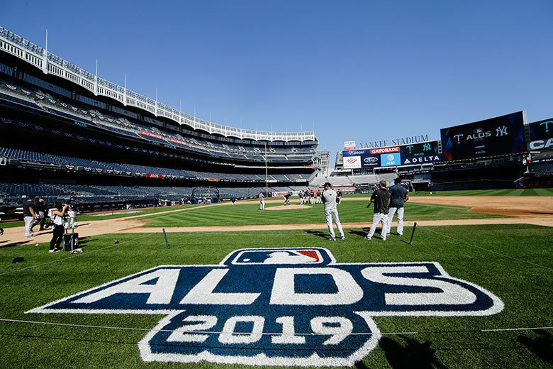 美聯分區賽雙城對洋基系列戰,首場比賽將於明天早上5點在洋基球場開打。 美聯社