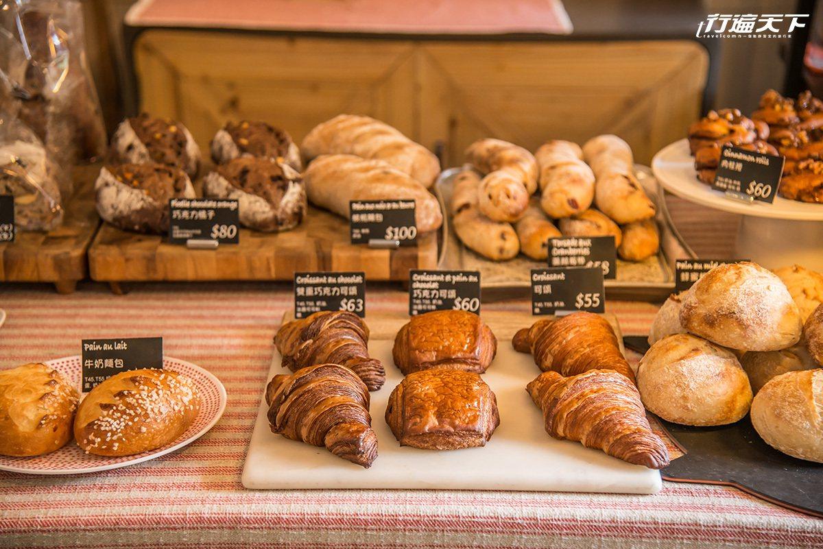 ▲堅持用天然健康食材烘焙的多種法式麵包,香氣濃郁。