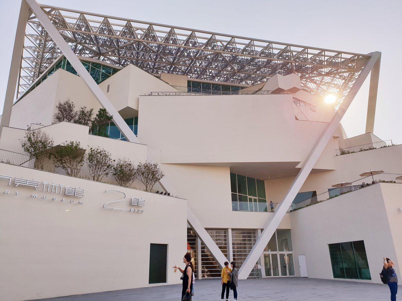 過去公共建築往往只有國際標才能採最有利標,藝文採購法草案擬讓更多建築設計也可採最...
