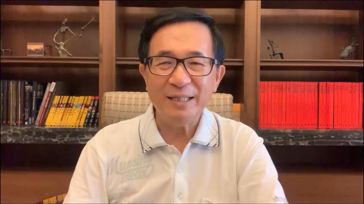 前總統陳水扁今天表示,他日前收到國慶大會的邀請卡,結果沒有下文。圖/翻攝陳水扁臉...