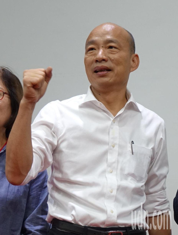 高雄市長韓國瑜訪美行程可能在市政總質詢期間,藍綠議員對韓請假與否各有意見。記者楊濡嘉/攝影