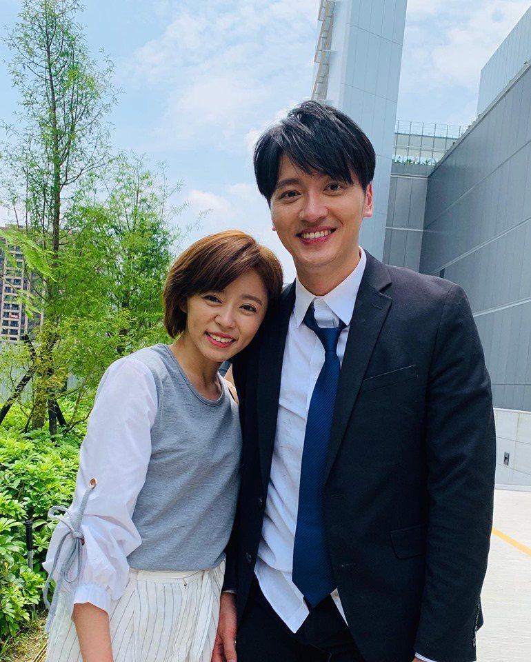 王瞳馬俊麟正上演「大時代」番外篇。圖/摘自臉書