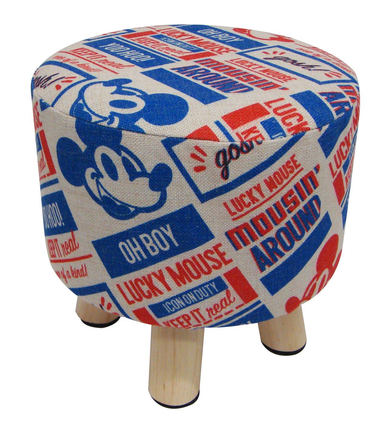 7-ELEVEN「米奇與好朋友主題店」販售多款獨家限定商品,圖為米奇造型小圓凳,...