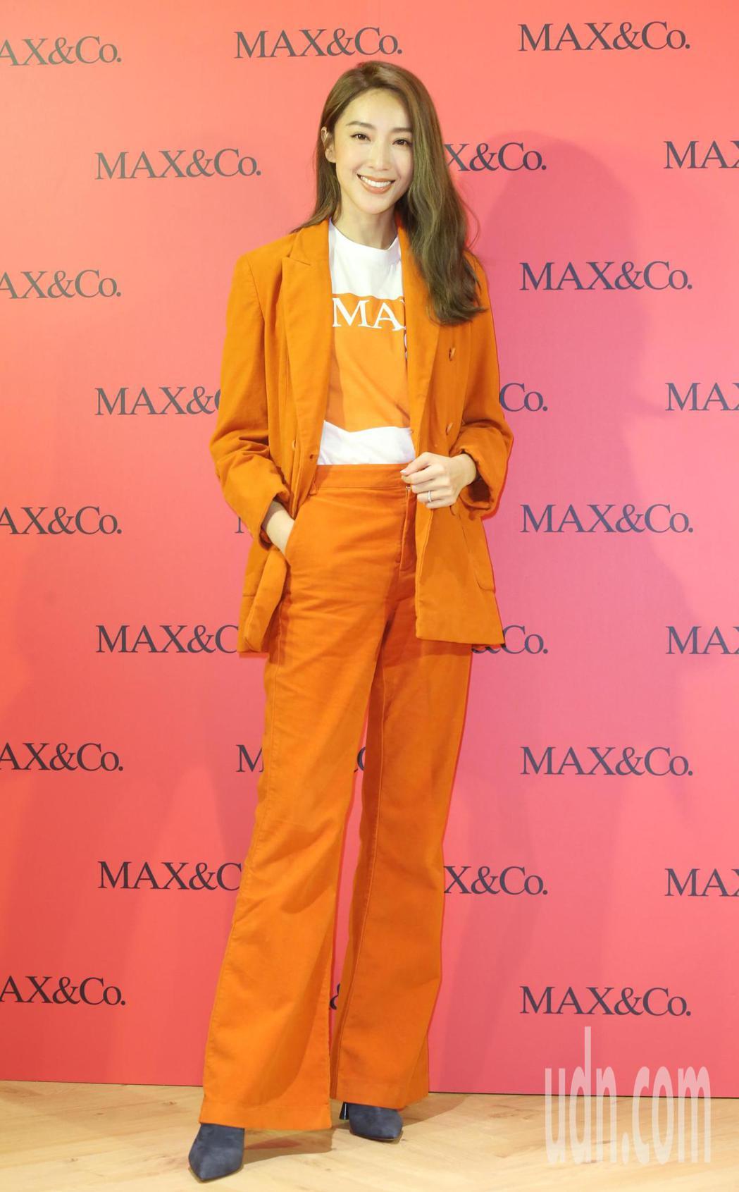 隋棠以一襲知性俐落的同色系套裝亮麗出場。記者曾學仁/攝影