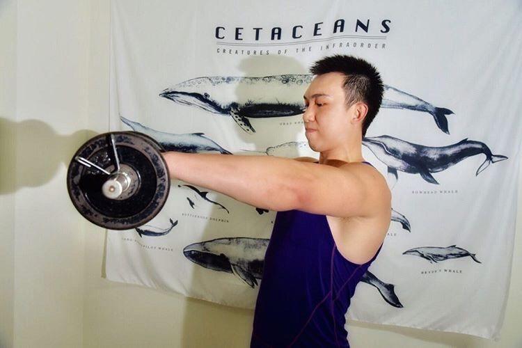 不少民眾熱中健身運動,但重訓過度可能導致眼冒金星甚至眼前一片黑。圖/南投醫院提供