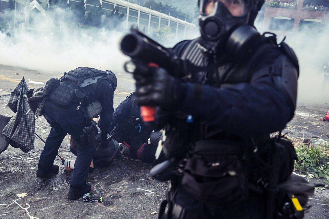 香港抗爭期間,港警資料照片。 圖/法新社