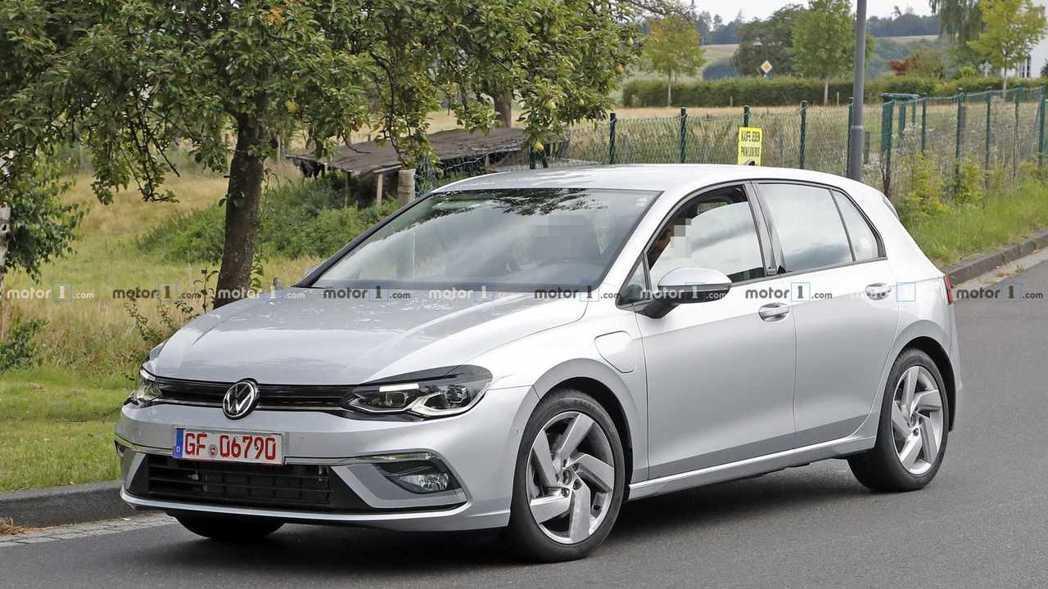 Volkswagen Golf GTE插電式油電混合車型仍會存在於第八代車系編成...