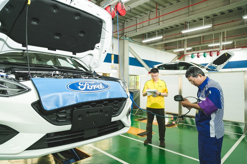 「Ford全國顧客服務競賽」指定用車為暢銷車款全新第四代Ford Focus,藉...