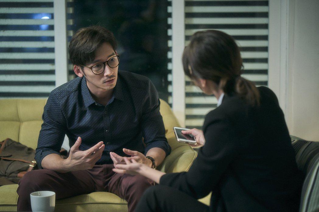 溫昇豪以「我們與惡的距離」入圍戲劇節目男配角獎。圖/公視提供