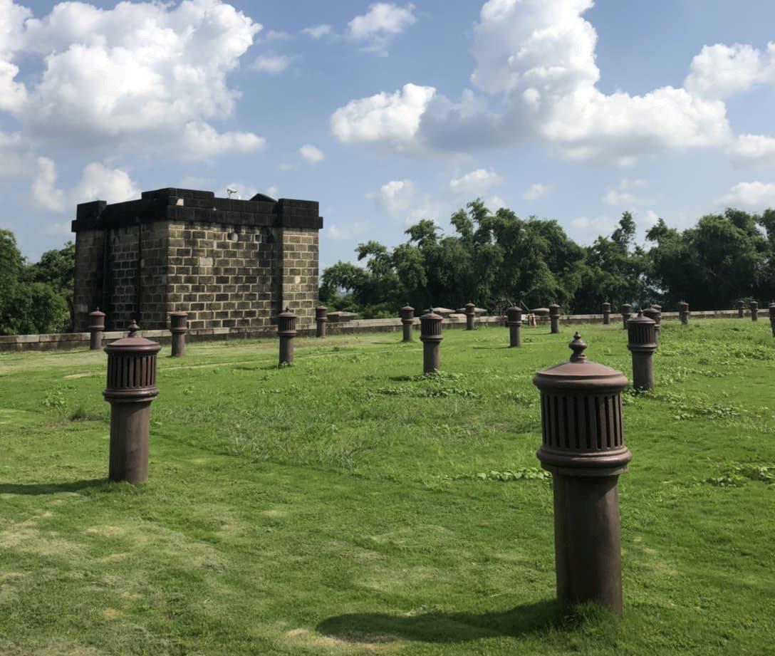 台南水道博物館「通氣孔柱」與大清郵筒「撞臉」