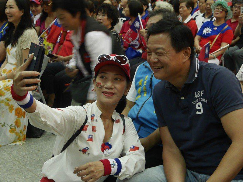 初選落敗後就信守承諾,幫韓國瑜助選的周錫瑋,深受韓粉喜愛。記者吳淑君/攝影