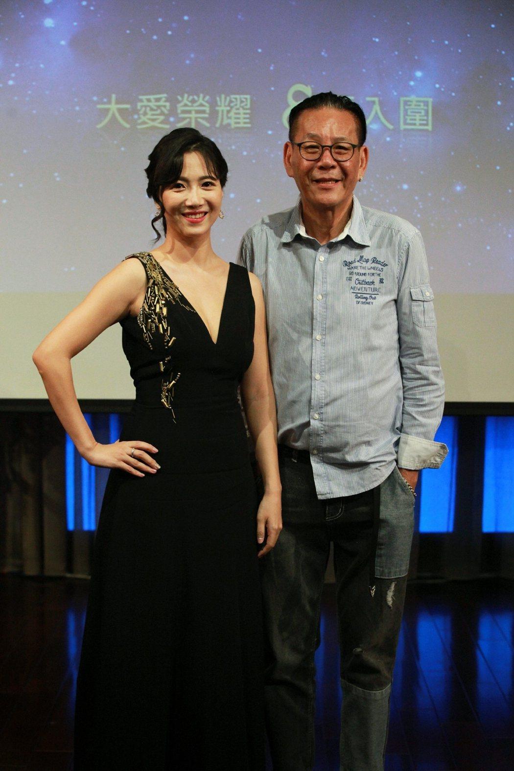 龍劭華(右)、徐麗雯今年以「菜頭梗的滋味」分別角逐金鐘男女主角,2人合體出席大愛