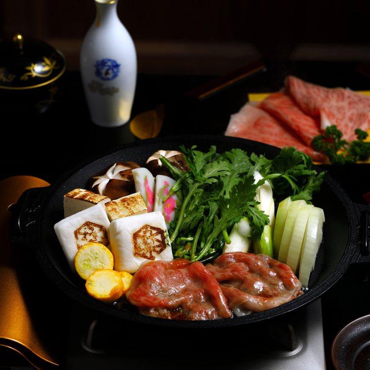 樂軒松阪亭提供關西風的壽喜燒料理。圖/樂軒提供
