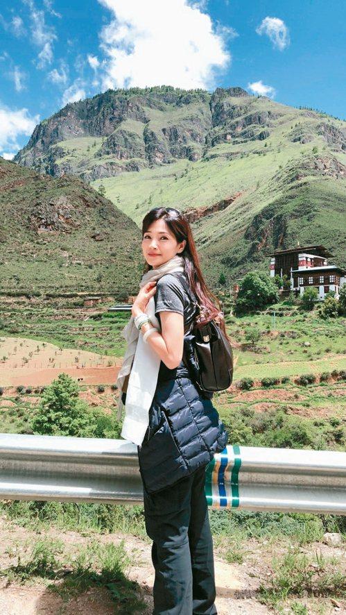 方季惟享受人生,曾一個人去西藏旅行。 圖/方季惟提供