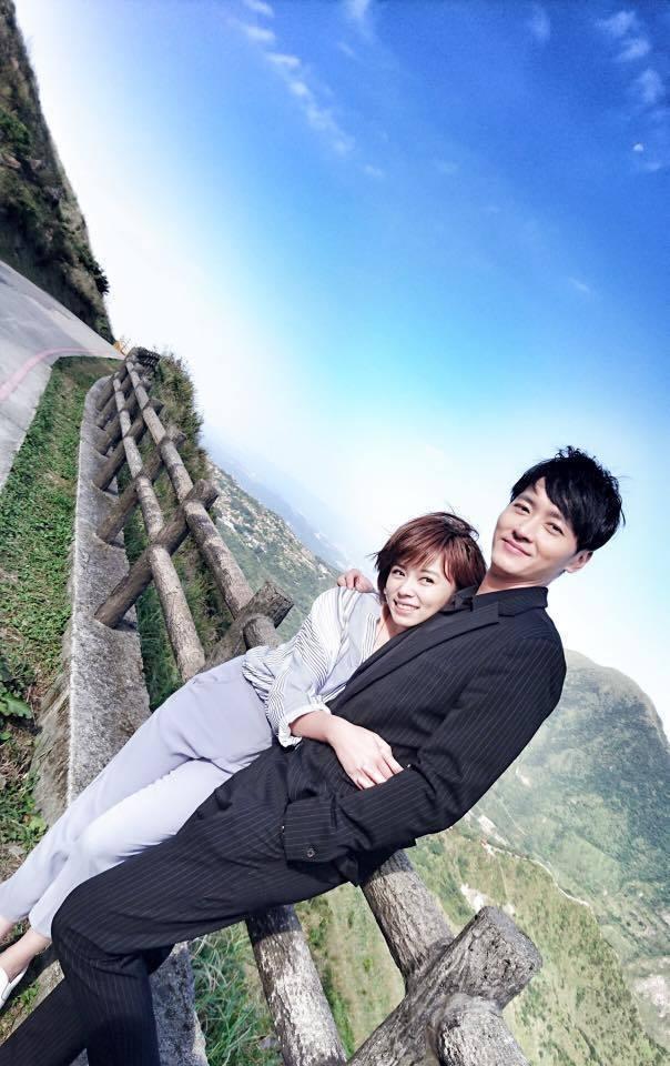 馬俊麟(右)與王瞳的曖昧風波連環爆。圖/摘自臉書
