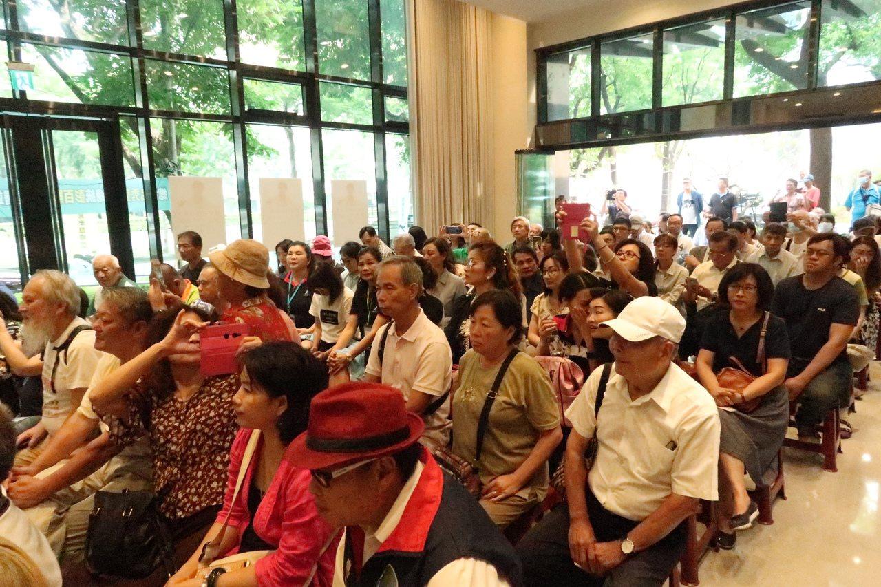 喜樂島支持者參加呂秀蓮連署說明會。記者徐如宜/攝影