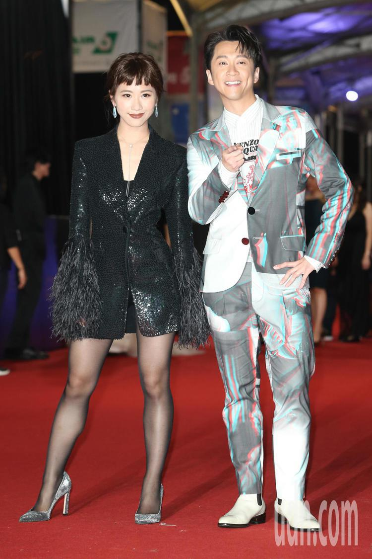 陳漢典 (右)、 LULU(左)走星光大道。記者陳立凱/攝影