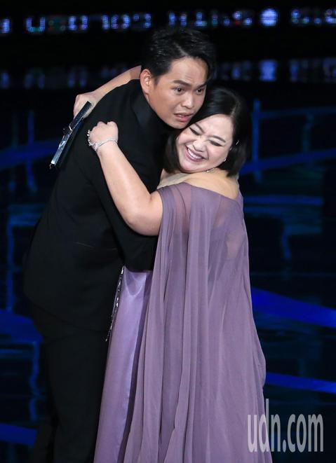 黃鐙輝獲得迷你劇集(電視電影)男配角獎。