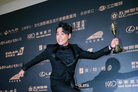 第54屆電視金鐘獎迷你劇集電視電影男配角獎由黃鐙輝以奇蹟的女兒獲得。