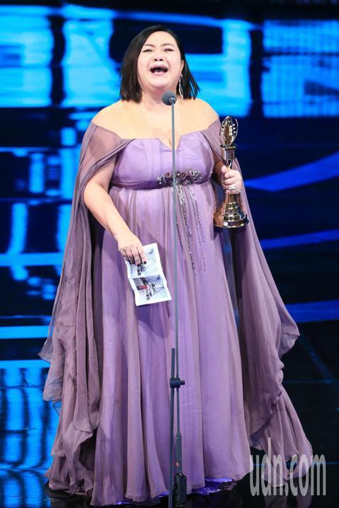金鐘54,鍾欣凌獲迷你劇集(電視電影)女主角獎。