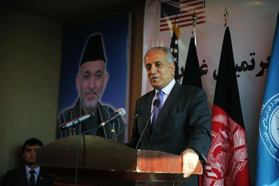 美國特使哈利勒扎德日前與塔利班代表會談。(photo by US Embassy...
