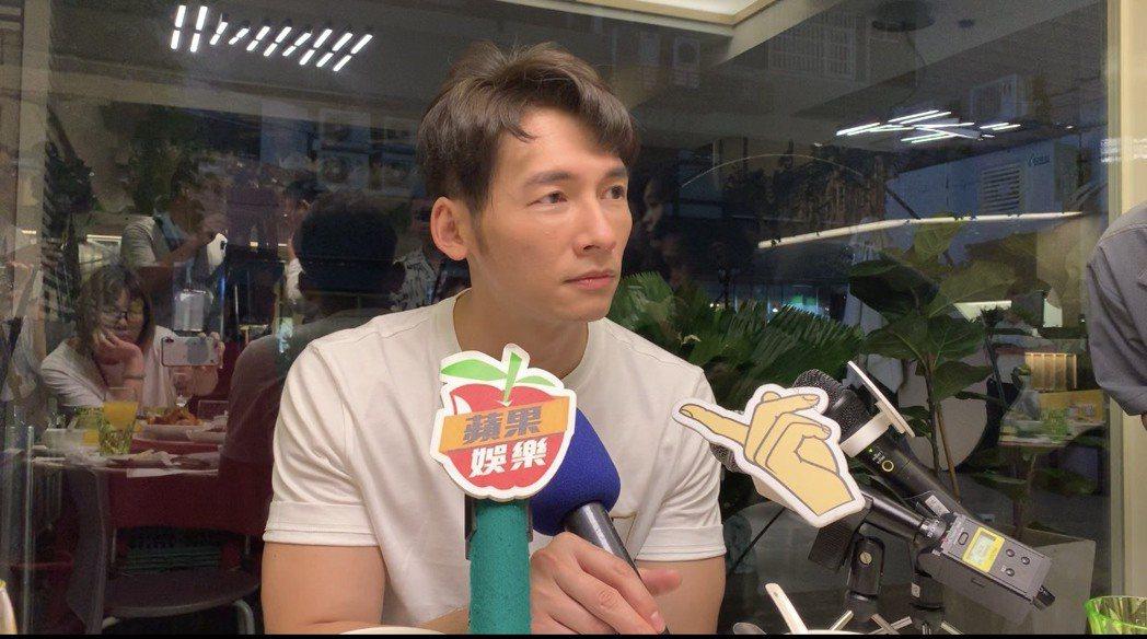 溫昇豪出席民視「雙城故事」慶功宴,談以「我們與惡的距離」拿下男配角獎心情。記者陳