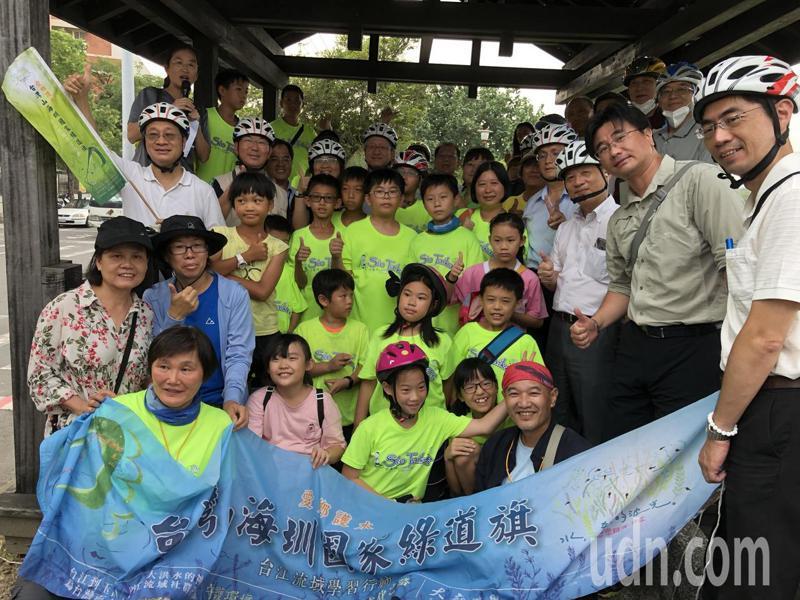 今年起,林務局與民間公私協力展開規畫山海圳國家綠道,營造出具有台灣生活、文化意象的國家級綠道。記者邵心杰/攝影