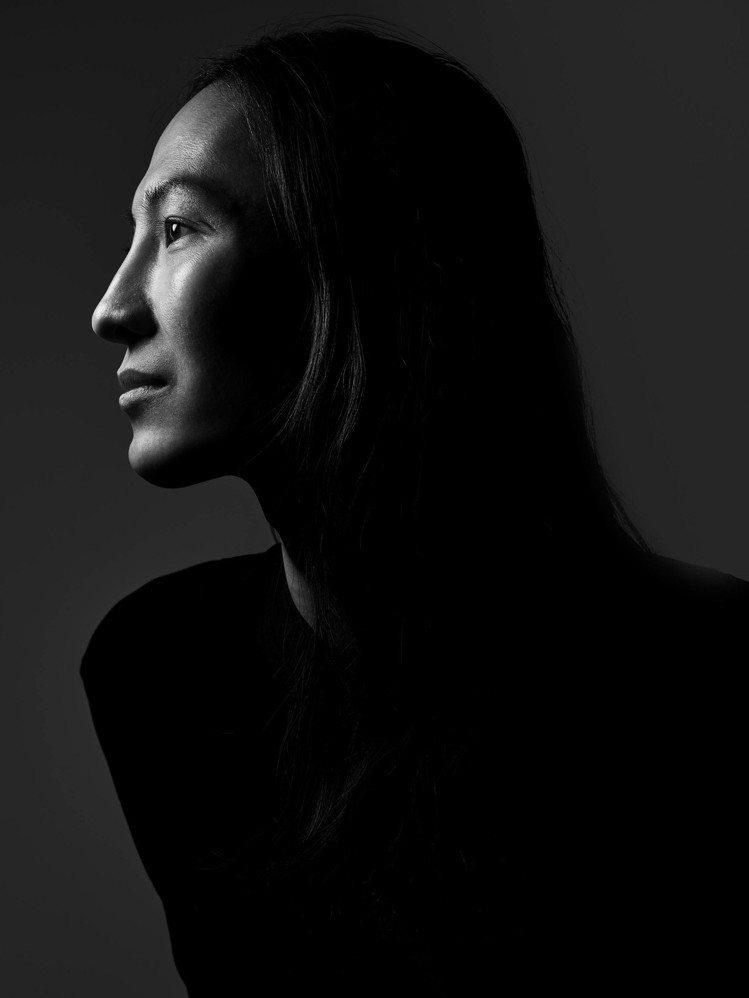 明星設計師「大仁哥」Alexander Wang和寶格麗合作,賦予Serpent...