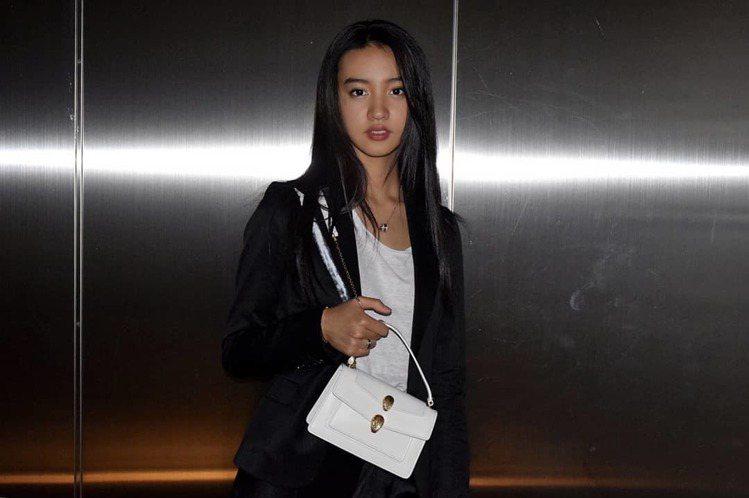 寶格麗品牌大使Kōki配戴Alexander Wang與BVLGARI聯名系列...