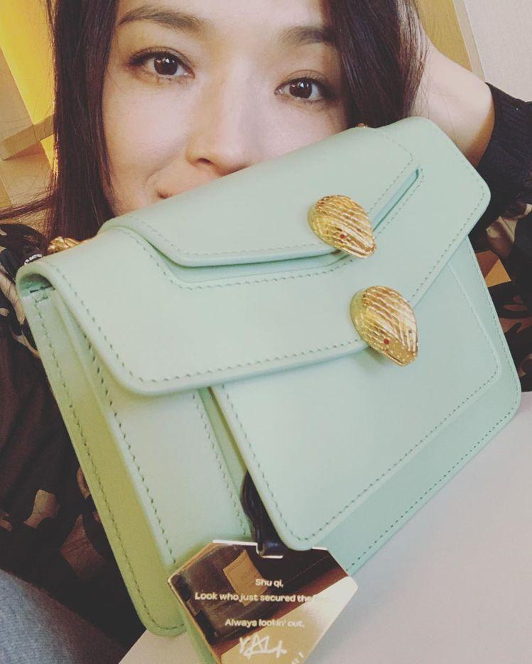 寶格麗形象代言人舒淇在instagram分享了Alexander Wang與BV...