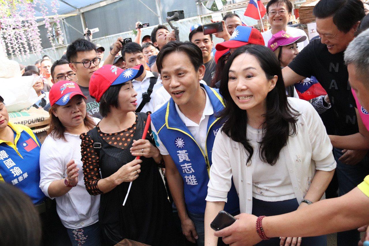 高雄市長韓國瑜妻子李佳芬下午來到大安庇護農場。記者胡瑞玲/攝影