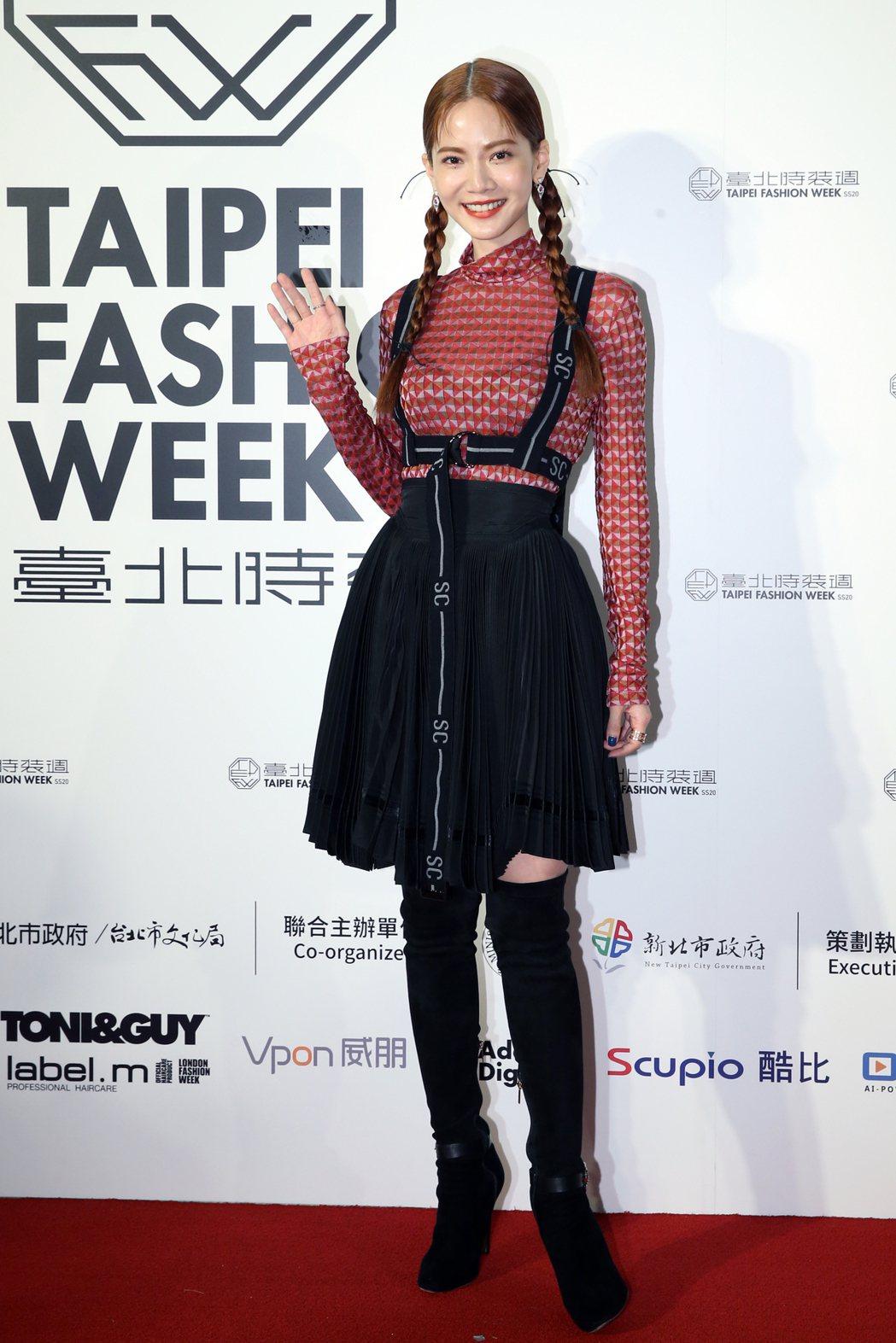 藝人曾之喬(圖)身著台灣設計師服飾亮相。記者許正宏/攝影