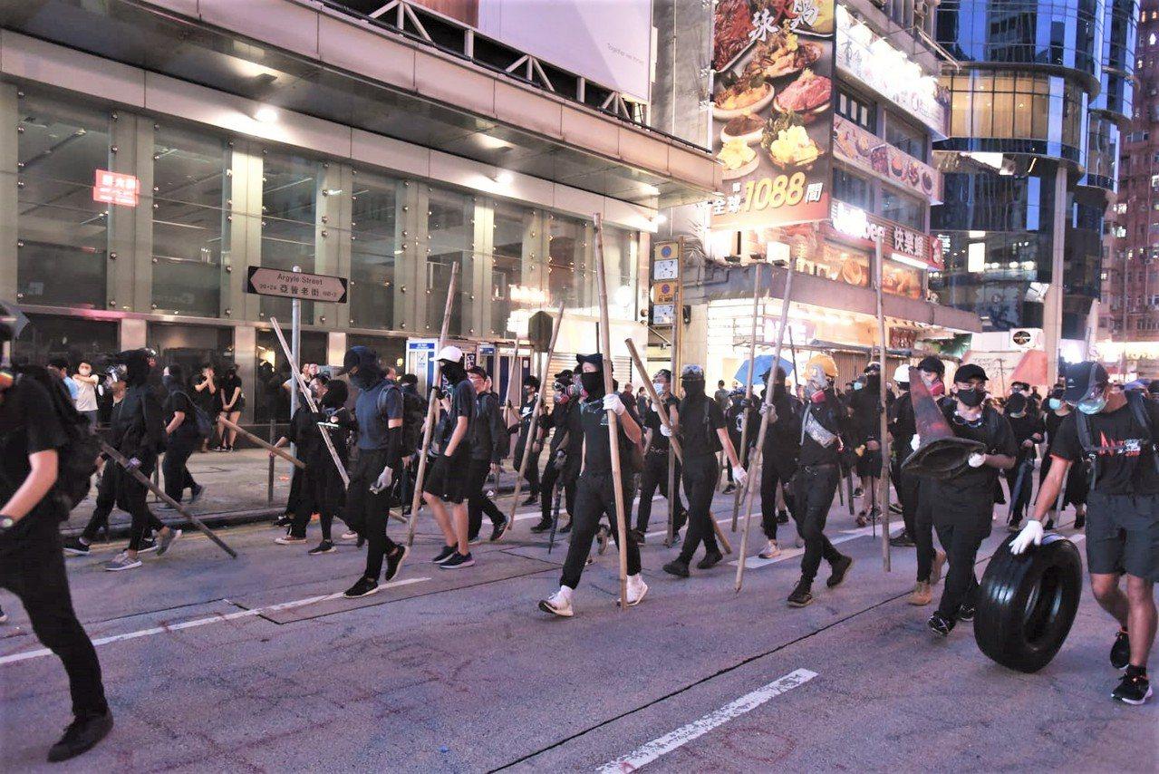 香港反送中運動延燒近5個月。圖取自星島日報