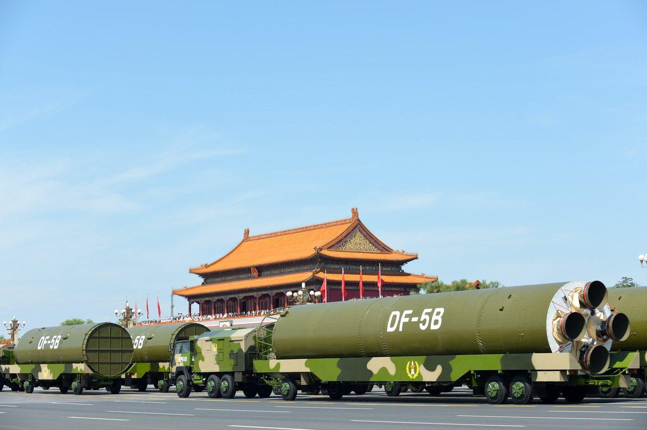 東風5B是現役最大的彈道飛彈。(新華社)