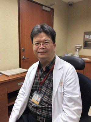 高雄長庚醫院風濕免疫科醫師陳英州。 張益華攝影