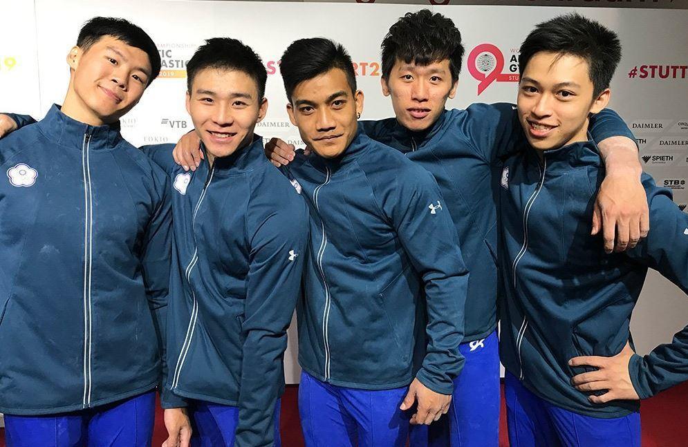 中華男子體操隊靠著李智凱、唐嘉鴻、徐秉謙、蕭佑然、游朝偉等人努力合作下,繳出25...