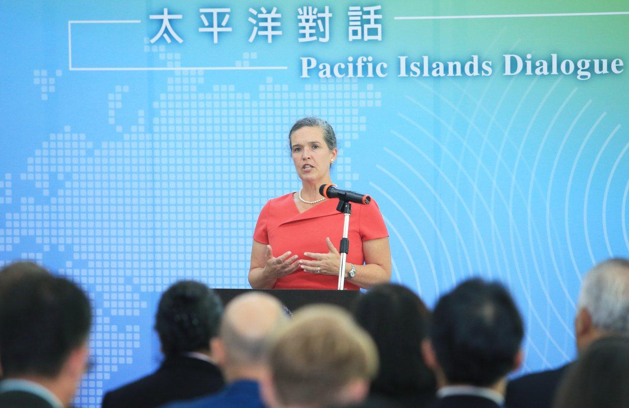 我國與美國今天舉辦首屆「太平洋對話」,美國國務院亞太局副助卿孫曉雅出席致詞。聯合...