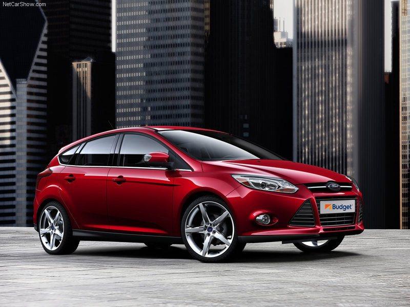 舒適轎車車款 (Ford Focus或同級車款)。業者/提供