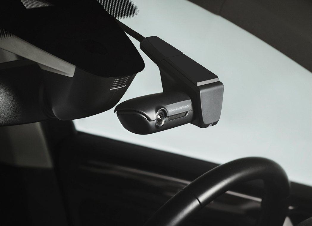 入主Polo和Touran指定車型再享限量原廠前單鏡頭行車紀錄器。 圖/台灣福斯...