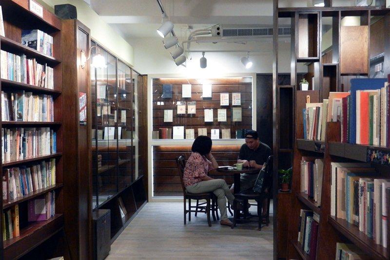「胡思」南西店一樓珍本書區。 圖/作者自攝